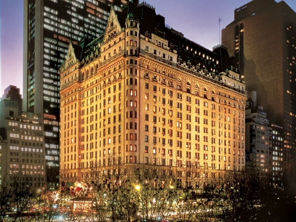 Picture of the Plaza Hotel on Central Park in New York City
